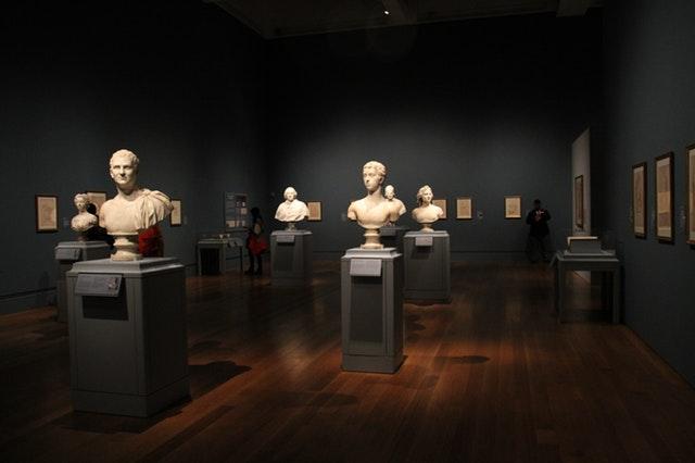 Statue exhibit